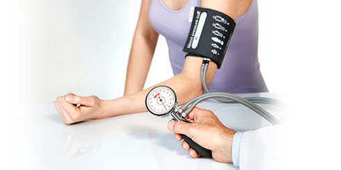 Blood pressure monitors and cuffs