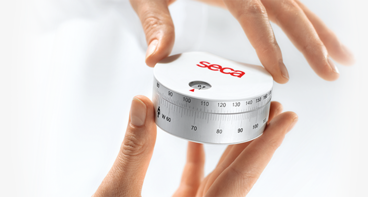 seca 203 - Ergonomic circumference measuring tape with extra Waist-To-Hip-Ratio calculator (WHR) #1